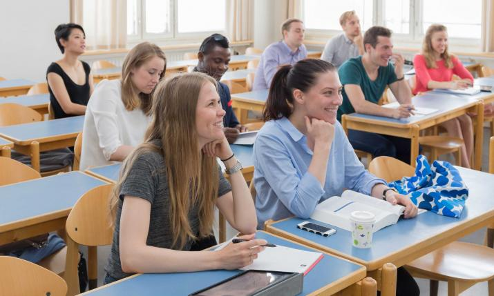 Students in classroom at Hanken